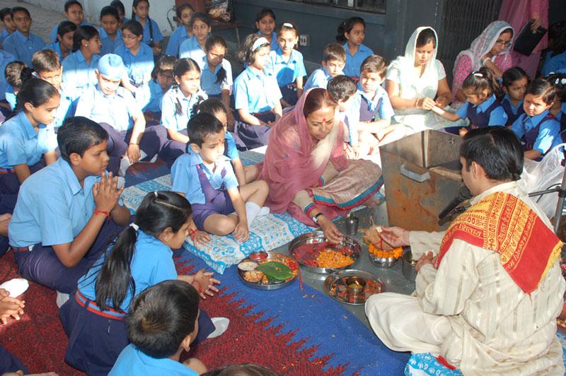 annual day speech of bhartiya vidhya Bhavans kuwait celebrated its decadal annual day the indian  educational school (bharatiya vidya bhavan) celebrated its tenth annual day   in his speech, he emphasized the importance of the roles of.